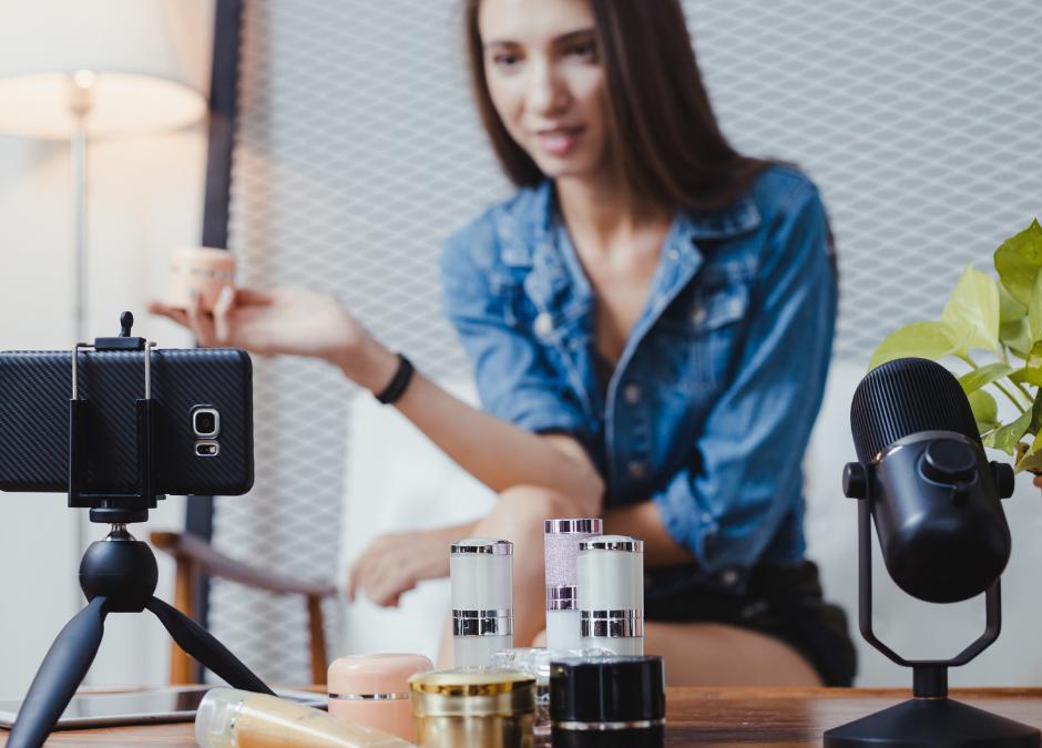 5 astuces pour Booster ses ventes grâce aux stories Facebook et Instagram