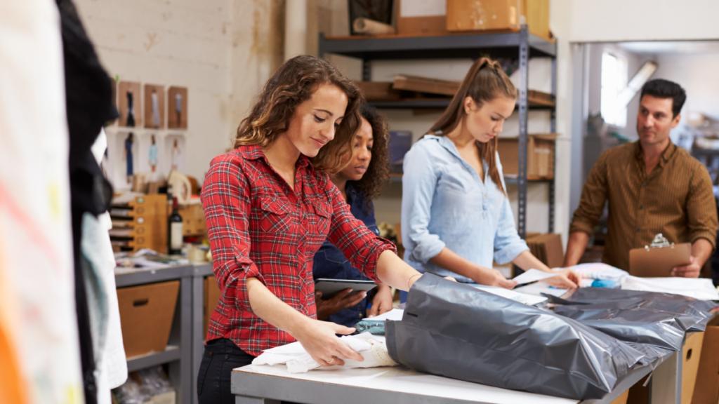 Postes clés et rôles à remplir pour votre boutique en ligne en pleine croissance
