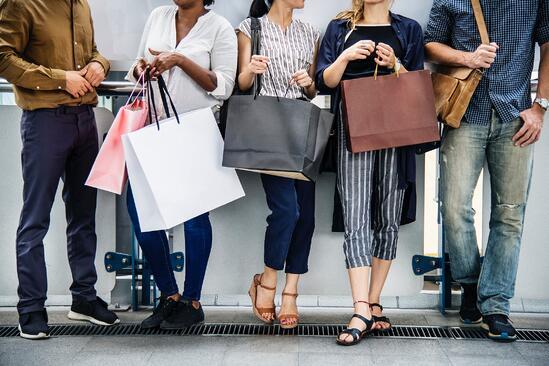 Pourquoi les sociales seller utilisent toujours des pubs payantes